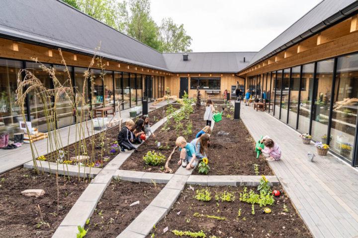 Med Montessori i bærebjelkene